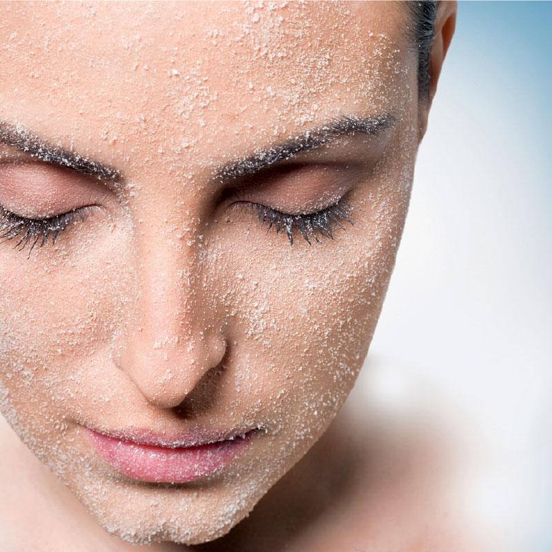Microdermoabraziune fara aparat Academie Salon Cosmetica Elia Studio Suceava